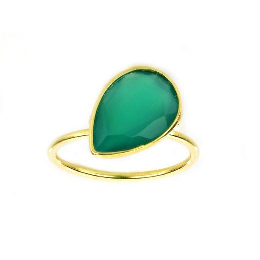 Δαχτυλίδι ασημένιο επιχρυσωμένο με πράσινο όνυχα σε σχήμα σταγόνας